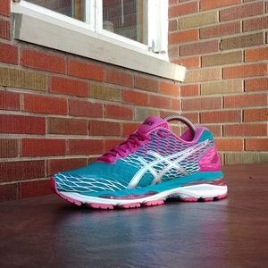 Womens Asics Gel Nimbus 18 Running Shoes SZ 7